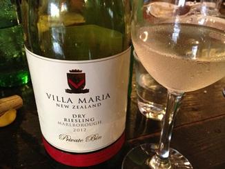 VILLA MARIA DRY RIESLING.JPG